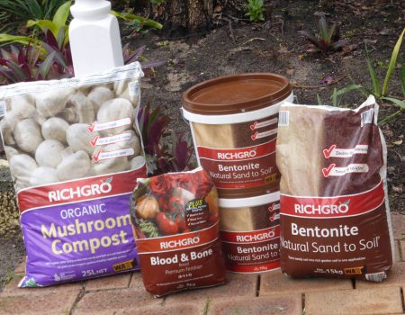Richgro Bentonite – Natural Sand to Soil – Organic Mushroom Compost