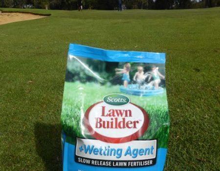Scott's Australia – Lawn Builder + Wetting Agent